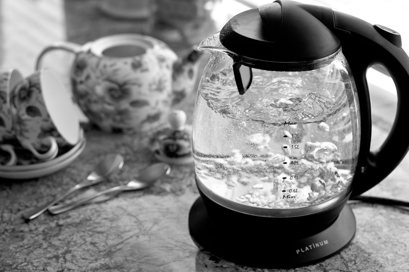 Glass kettle boiling