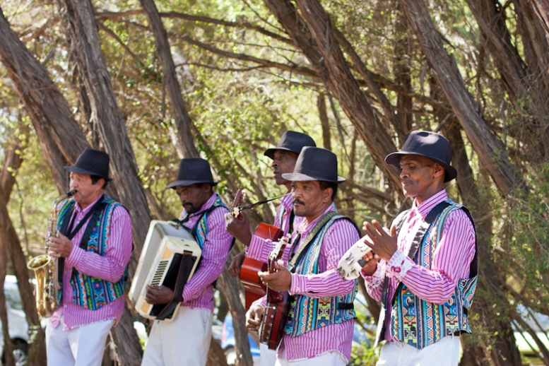 Minstrels at the Wild Oats Farmers Market, Sedgefield