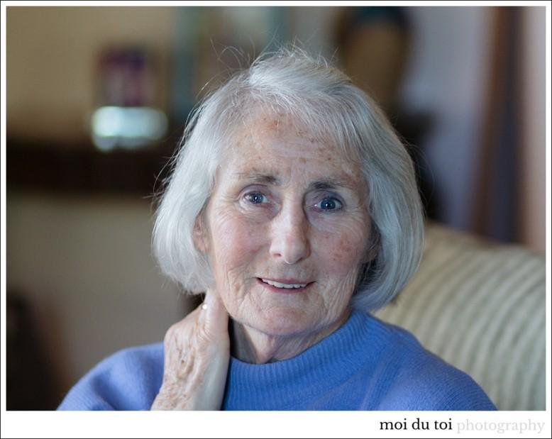 mature-woman-portrait-8564
