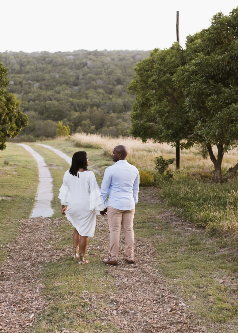 moi du toi approach to couples photography Equleni guest farm Sedgefield
