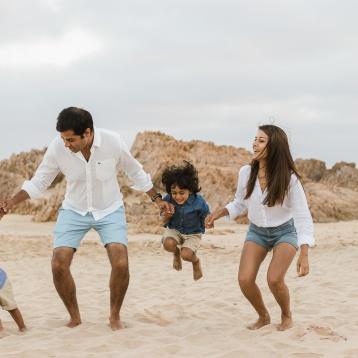 Family Beach shoot Buffelsbaai - sedgefield photographer-moi du toi photography-0780