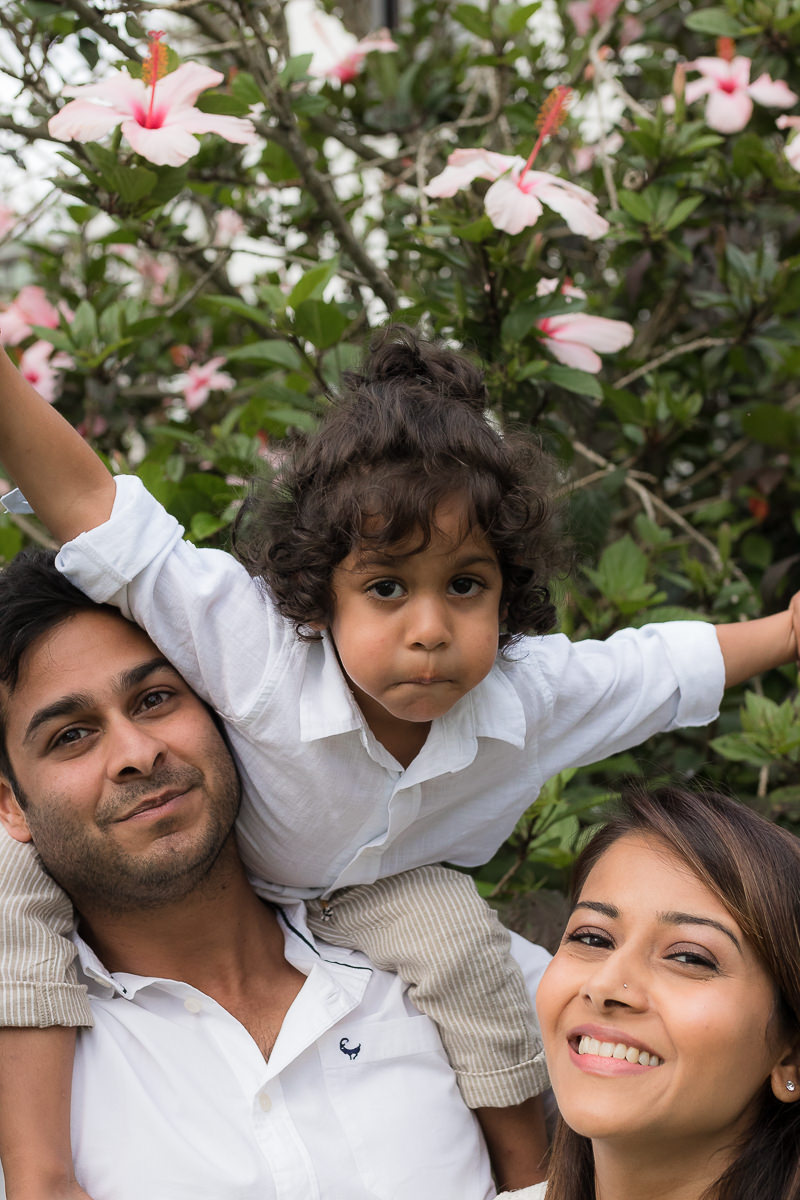 Little boy on Dads shoulders during photosession at Fancourt George