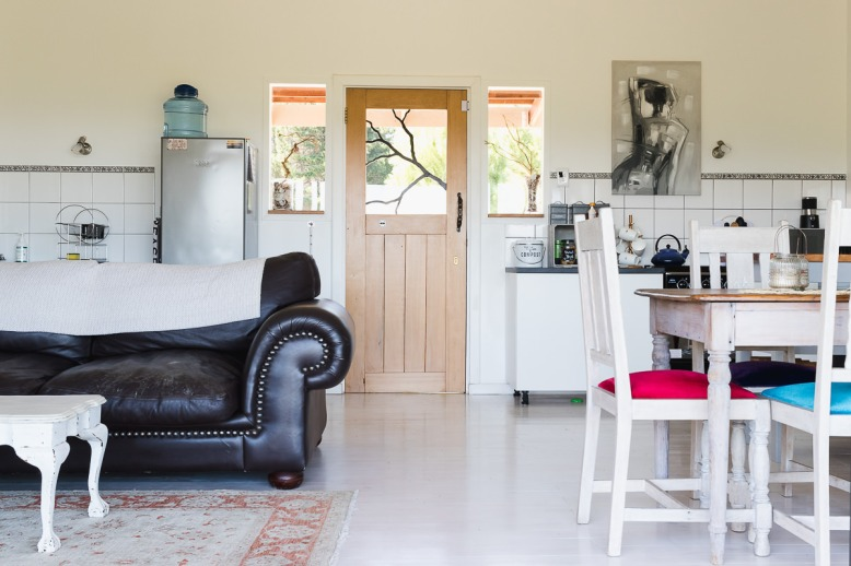 Cabin interior real estate bnb photo shoot at Equleni sedgefield garden route photographer moi du to