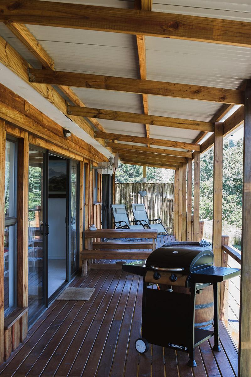 Deck real estate bnb photo shoot at Equleni sedgefield garden route photographer moi du to