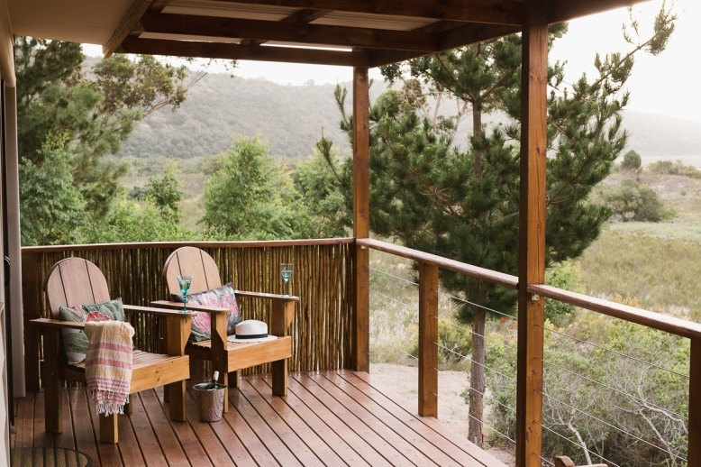 Deck real estate bnb photo shoot at Equleni sedgefield garden route photographer moi du to