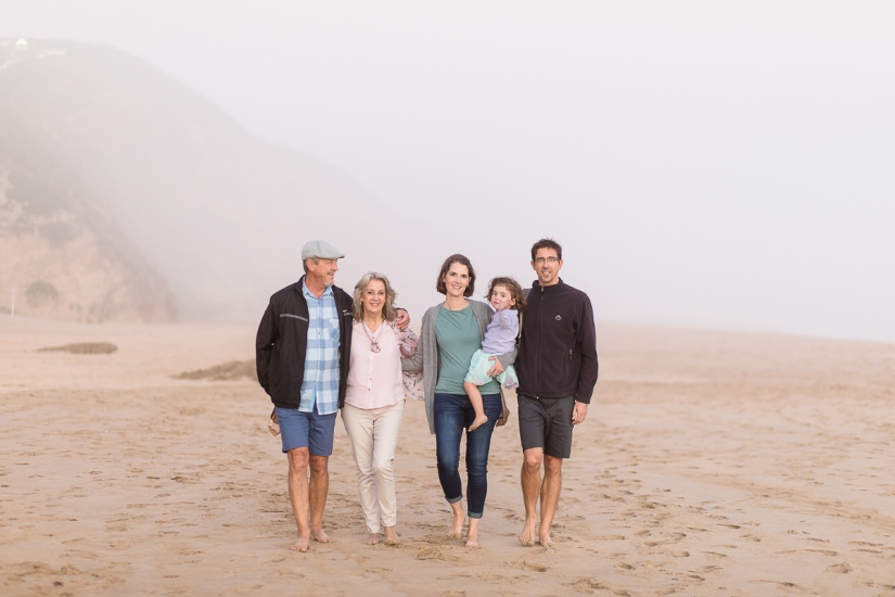 family walking on beach family photo session at Myoli Beach Sedgefield photographer moi du toi