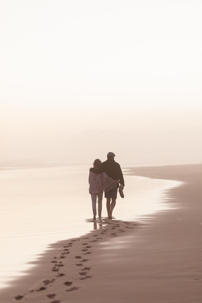 couple walking sunset family photo session at Myoli Beach Sedgefield photographer moi du toi