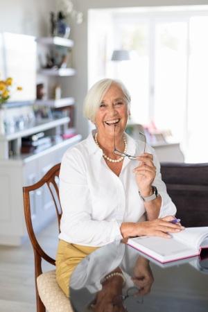 woman laughing sitting pose personal branding photo session knysna