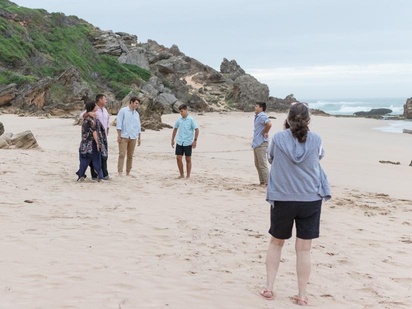 moi du toi photographing a family session on brenton on sea beach